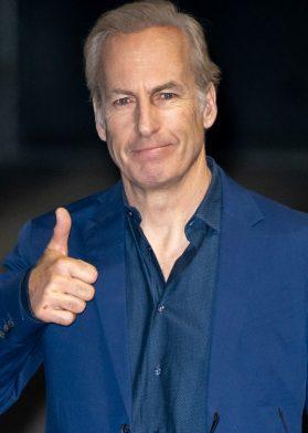 """Hay """"Saul"""" pa' rato: Bob Odenkirk se encuentra estable"""