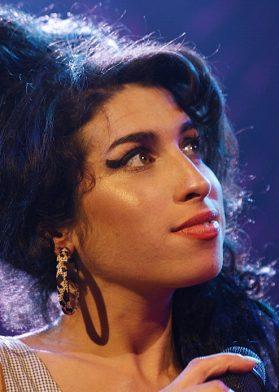 En su memoria: estrenan inédito documental de Amy Winehouse