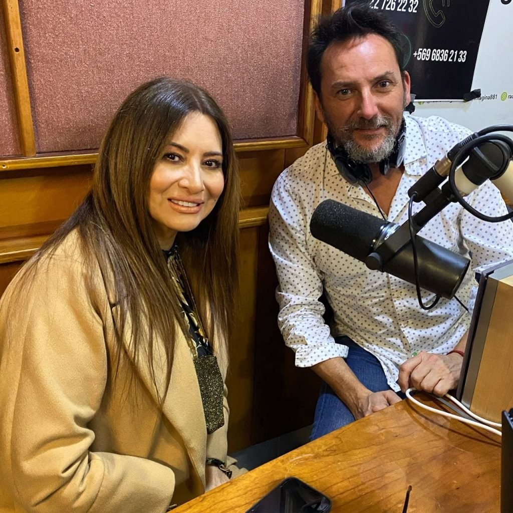 Myriam Hernández visitó Central Radio Activa